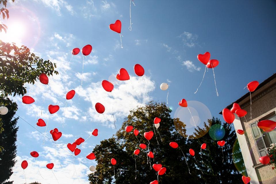 Ballongdekorationsidéer för företagsevenemang
